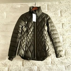 NEW Athleta Responsible Down Jacket in Olive Green